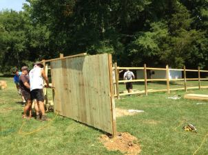 fence build