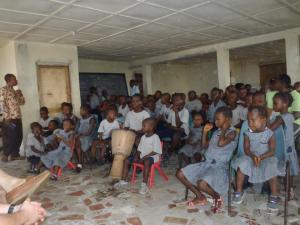 Orphans at The Raining Season preparing to worship
